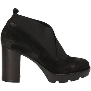 Čevlji  Ženske Gležnjarji Janet Sport 40837 Črna