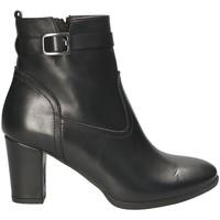 Čevlji  Ženske Gležnjarji Mally 4473 Črna
