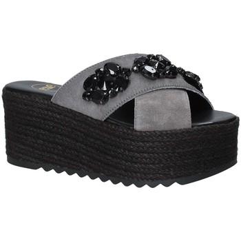 Čevlji  Ženske Natikači Exé Shoes G4700885736T Črna