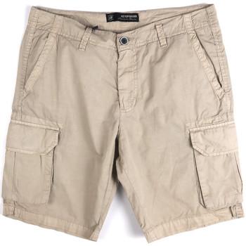 Oblačila Moški Kratke hlače & Bermuda Key Up 2P16A 0001 Siva