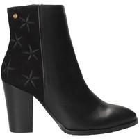 Čevlji  Ženske Gležnjarji Tommy Hilfiger FW0FW03590 Črna
