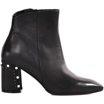 Čevlji  Ženske Gležnjarji Melluso Z940 Črna