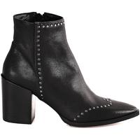 Čevlji  Ženske Gležnjarji Mally 6333 Črna