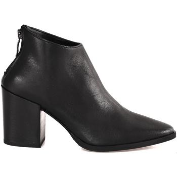 Čevlji  Ženske Gležnjarji Mally 6341 Črna