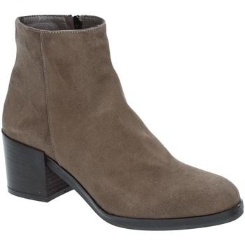 Čevlji  Ženske Gležnjarji Grace Shoes 1826 Rjav