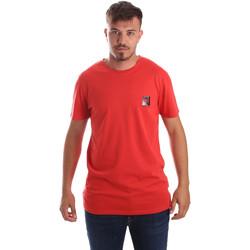 Oblačila Moški Majice s kratkimi rokavi Byblos Blu 2MT0010 TE0045 Rdeča