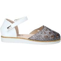 Čevlji  Deklice Sandali & Odprti čevlji Miss Sixty S19-SMS580 Biely