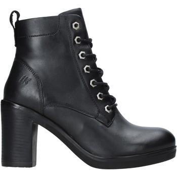 Čevlji  Ženske Gležnjarji Lumberjack SW51001 002 Q12 Črna
