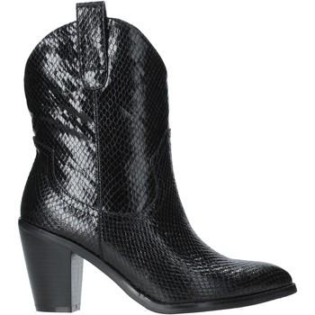 Čevlji  Ženske Gležnjarji Gold&gold B19 GU22 Črna