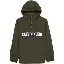 Oblačila Moški Jakne Calvin Klein Jeans 00GMH9O588 Zelena