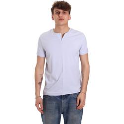 Oblačila Moški Majice s kratkimi rokavi Gaudi 011BU64094 Vijolična