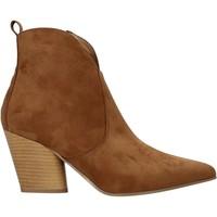 Čevlji  Ženske Gležnjarji Grace Shoes 7241007 Rjav