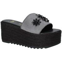 Čevlji  Ženske Natikači Exé Shoes G47008347A13 Črna