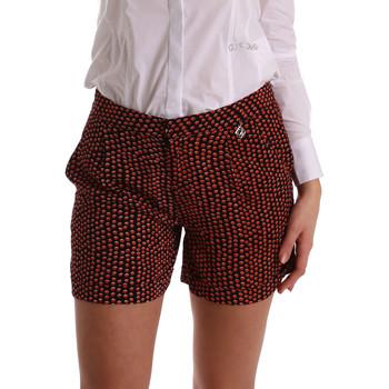 Oblačila Ženske Kratke hlače & Bermuda Gaudi 73BD25209 Črna