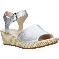 Čevlji  Ženske Sandali & Odprti čevlji Clarks 26142966 Srebro
