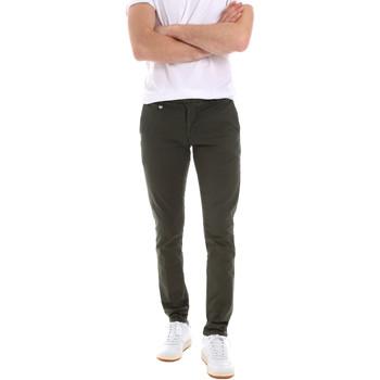 Oblačila Moški Hlače Chino / Carrot Antony Morato MMTR00496 FA800129 Zelena