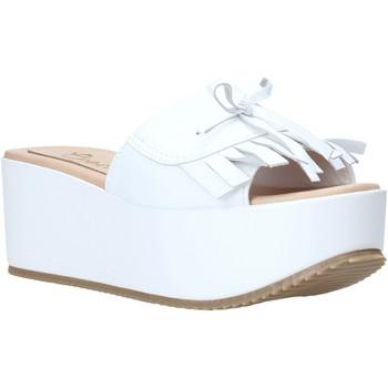 Čevlji  Ženske Natikači Grace Shoes C3 Biely