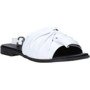 Čevlji  Ženske Sandali & Odprti čevlji Bueno Shoes Q2005 Biely