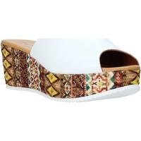 Čevlji  Ženske Natikači Grace Shoes 10 Biely