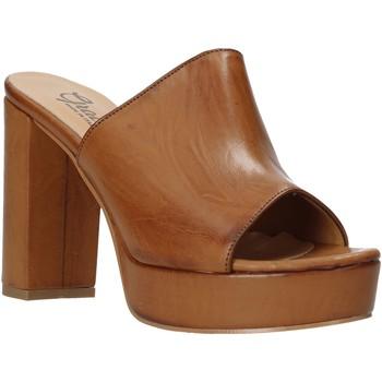 Čevlji  Ženske Natikači Grace Shoes 492PL008 Rjav