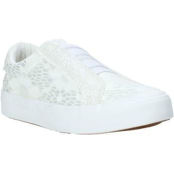 Čevlji  Otroci Slips on Miss Sixty S20-SMS710 Biely