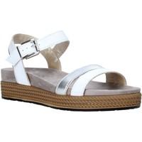 Čevlji  Ženske Sandali & Odprti čevlji IgI&CO 5173200 Biely