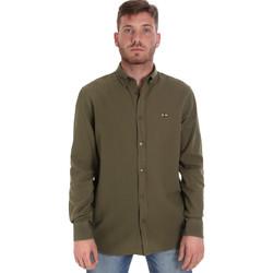 Oblačila Moški Srajce z dolgimi rokavi Les Copains 9U2371 Zelena