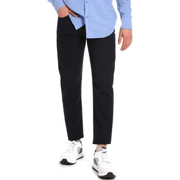 Oblačila Moški Hlače Chino / Carrot Les Copains 9U3021 Modra