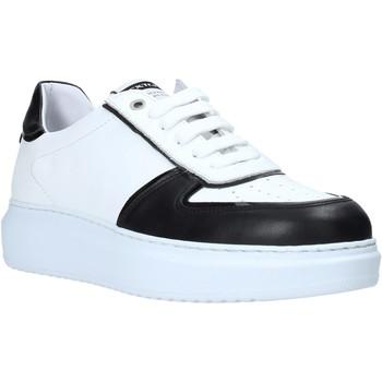 Čevlji  Moški Nizke superge Exton 956 Črna