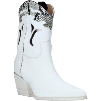 Čevlji  Ženske Gležnjarji Mally 6918P Biely