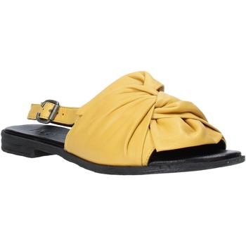 Čevlji  Ženske Sandali & Odprti čevlji Bueno Shoes Q2005 Rumena