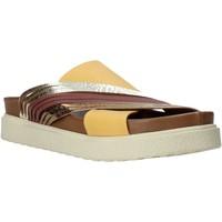 Čevlji  Ženske Natikači Bueno Shoes CM2206 Rumena