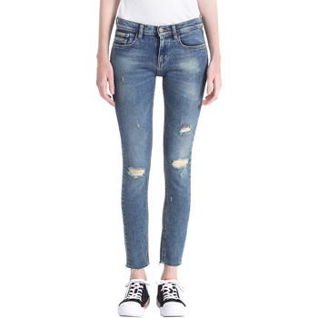 Oblačila Ženske Jeans boyfriend Calvin Klein Jeans J20J207110 Modra