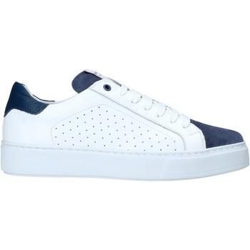 Čevlji  Moški Nizke superge Exton 860 Biely