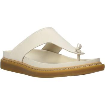 Čevlji  Ženske Japonke Clarks 26140796 Bež