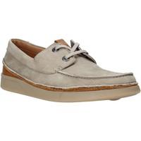 Čevlji  Moški Čevlji Derby Clarks 26139579 Bež