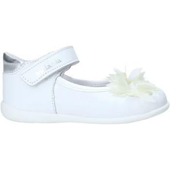 Čevlji  Deklice Balerinke Melania ME0122A0S.B Biely