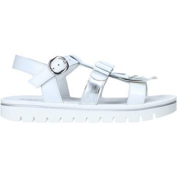 Čevlji  Deklice Sandali & Odprti čevlji NeroGiardini E031617F Biely