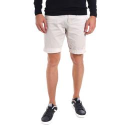 Oblačila Moški Kratke hlače & Bermuda Gaudi 011BU25023WC Siva