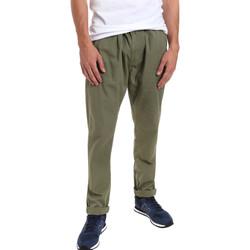 Oblačila Moški Hlače Chino / Carrot Gaudi 011BU25015 Zelena