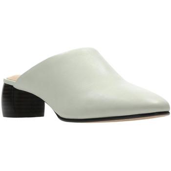 Čevlji  Ženske Cokli Clarks 26139384 Biely