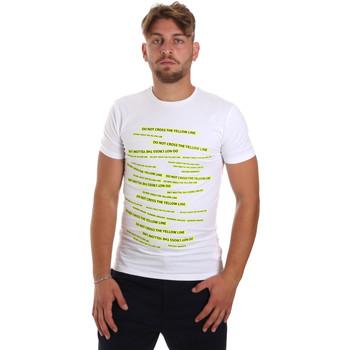 Oblačila Moški Majice s kratkimi rokavi Antony Morato MMKS01749 FA120001 Biely