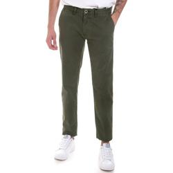Oblačila Moški Hlače Chino / Carrot Gaudi 821FU25013 Zelena