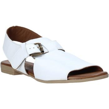 Čevlji  Ženske Sandali & Odprti čevlji Bueno Shoes 9L2700 Biely