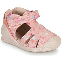 Čevlji  Deklice Sandali & Odprti čevlji Biomecanics 212107 Rožnata