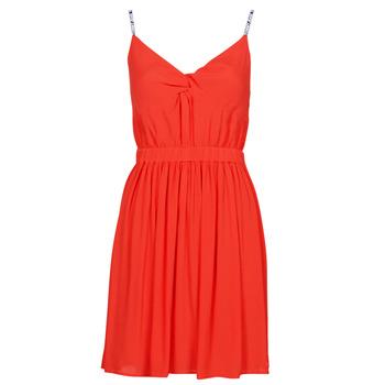Oblačila Ženske Kratke obleke Tommy Jeans TJW ESSENTIAL STRAP DRESS Rdeča