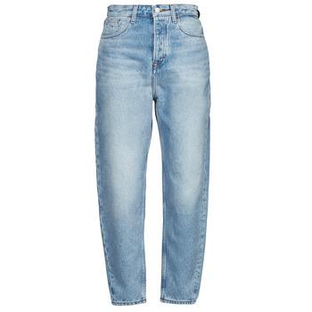 Oblačila Ženske Jeans boyfriend Tommy Jeans MOM JEAN ULTRA HR TPRD EMF SPLBR Modra / Svetla