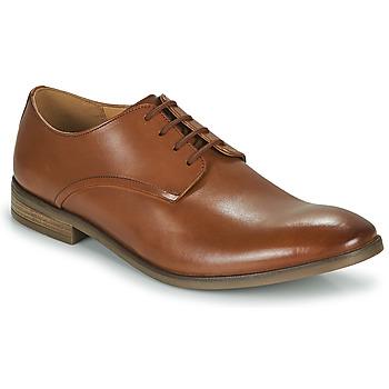Čevlji  Moški Čevlji Derby Clarks STANFORD WALK Kostanjeva