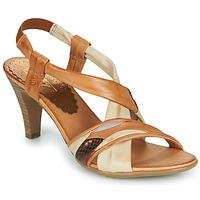 Čevlji  Ženske Sandali & Odprti čevlji Betty London POULOI Cognac