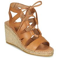 Čevlji  Ženske Sandali & Odprti čevlji Betty London OTANA Kamel